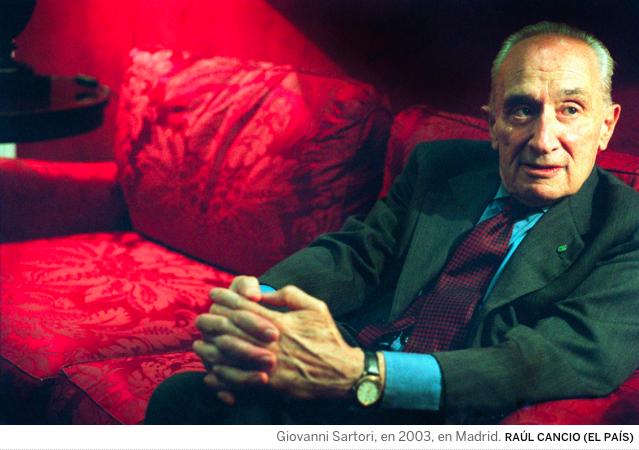 Muere el teórico de la democracia Giovanni Sartori, a los 92 años.
