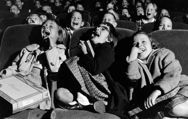 Así se divertían los niños cuando no existían ni móviles ni Internet